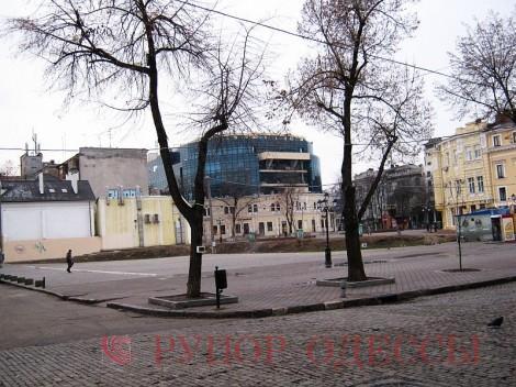 Пустырь-долгострой на Дерибасовской - Одесский Политикум