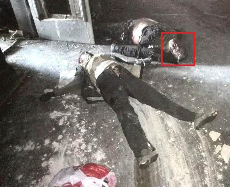 Одесса. Дом профсоюзов. Мужчина убит выстрелом в голову. Ранение навылет - под головой натекло - Одесский Политикум